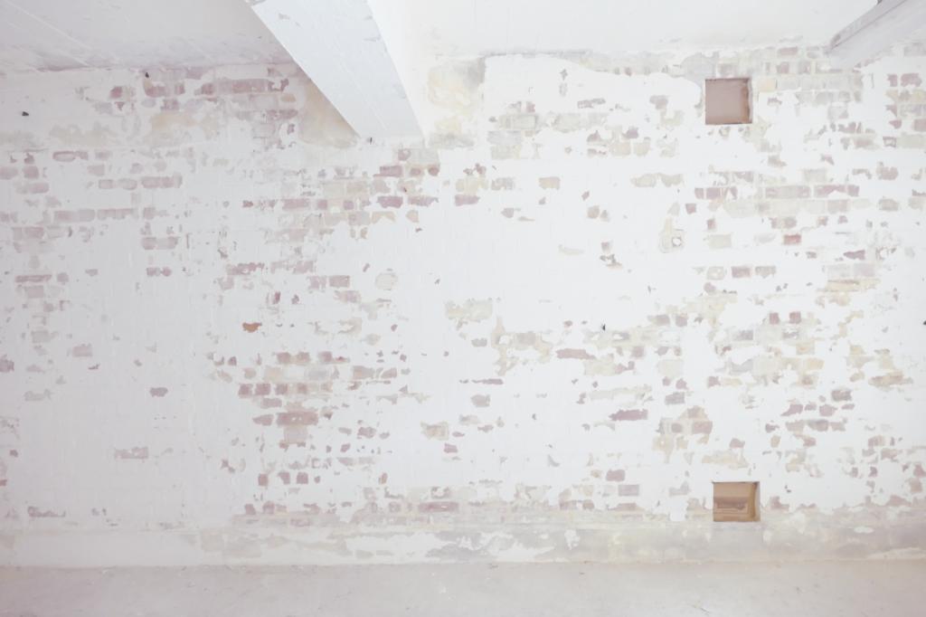 Brickwork on Unit 71(1) wall