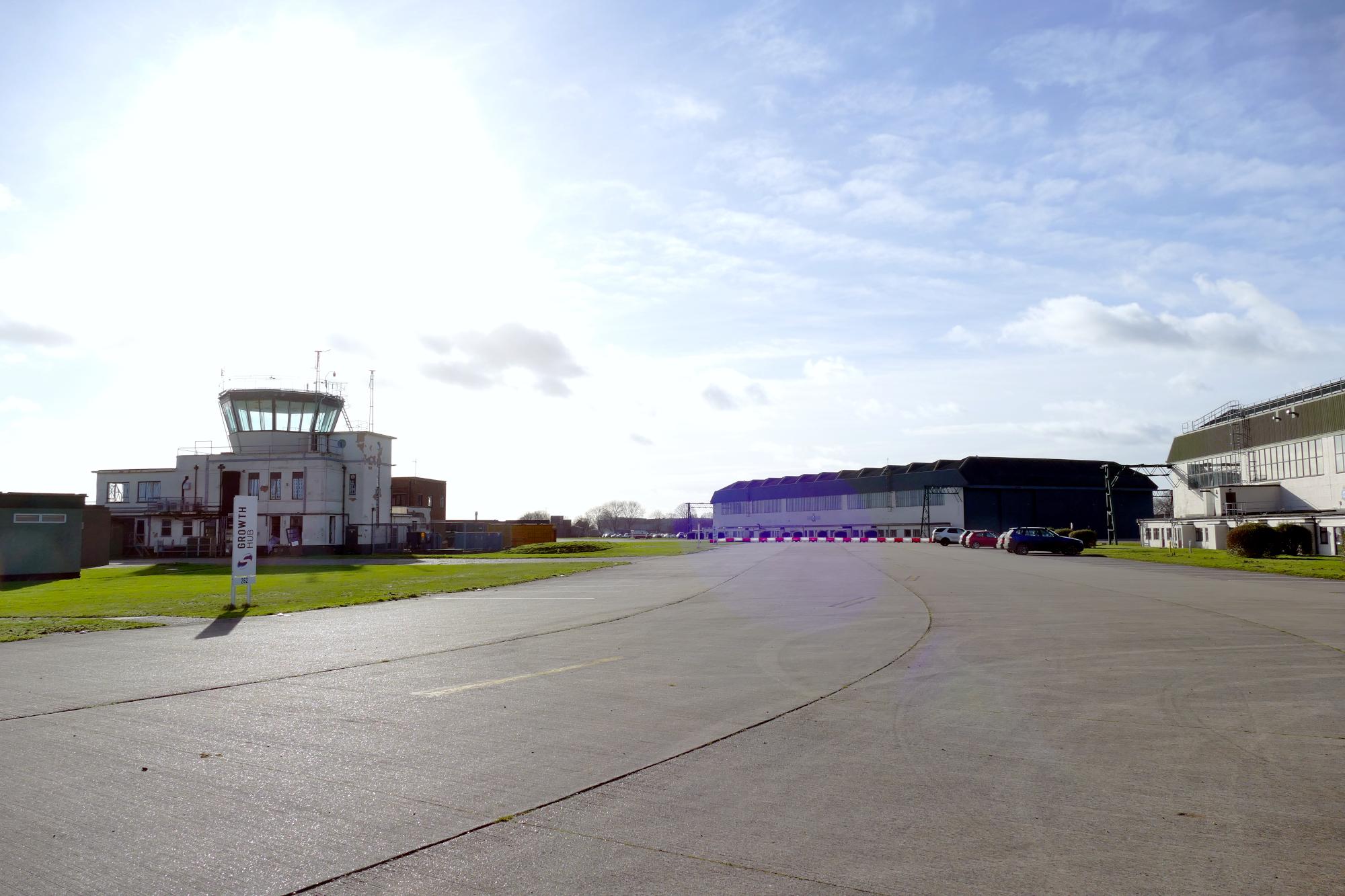 scottowenterprisepark_hangar_tower